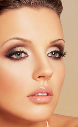 Что должно быть в косметичке для идеального образа?