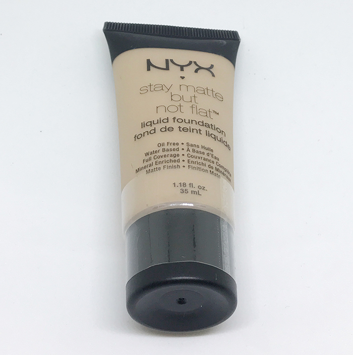 Тональный крем NYX Stay Matte But Not Flat - Тональный крем NYX Stay Matte But Not Flat 05